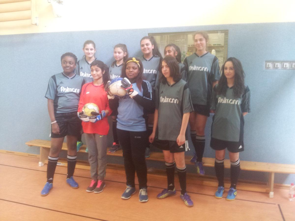 Doppelte Vizemeisterschaft der Fußball-Mädchen