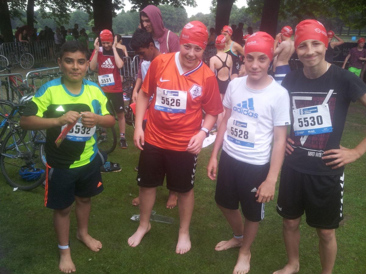 Viel Wasser im Stadtpark: Der Tri-Kids Triathlon