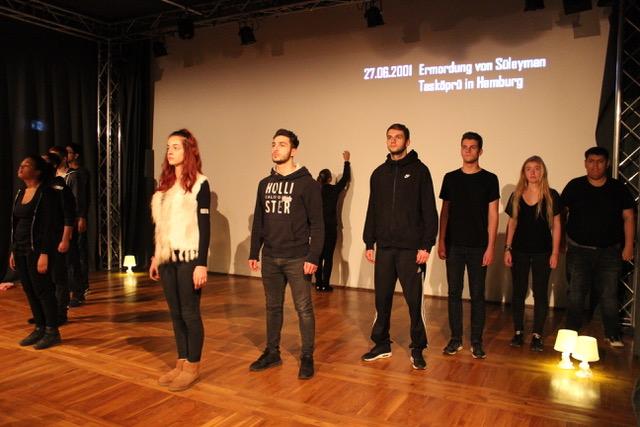 """Theaterprojekt """"Rosarot ist eine Mischfarbe"""" – Premiere in Chemnitz (2.11.) und bei uns (10.11.)"""