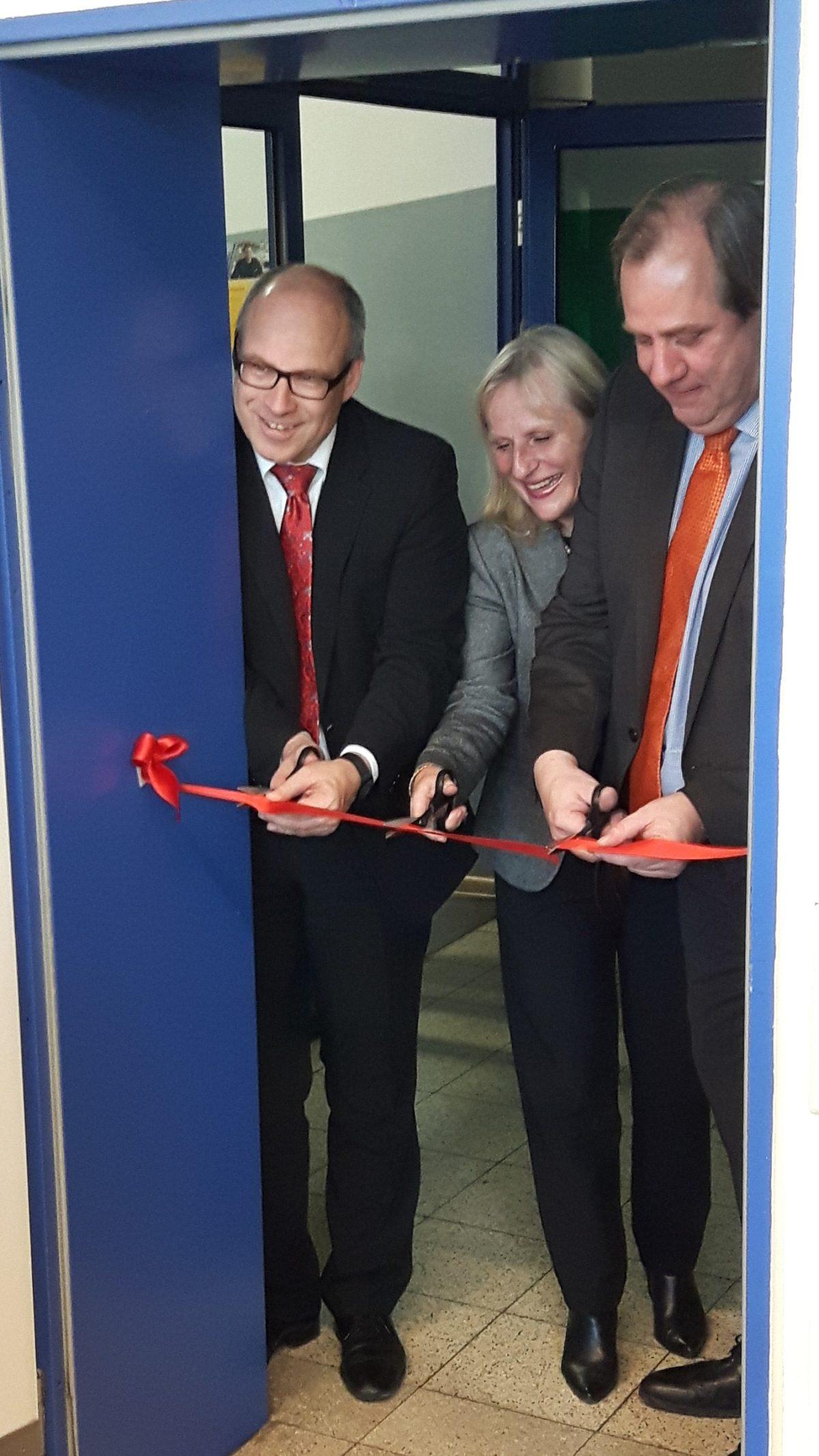 Schulsenator eröffnet feierlich neues Berufsorientierungsbüro
