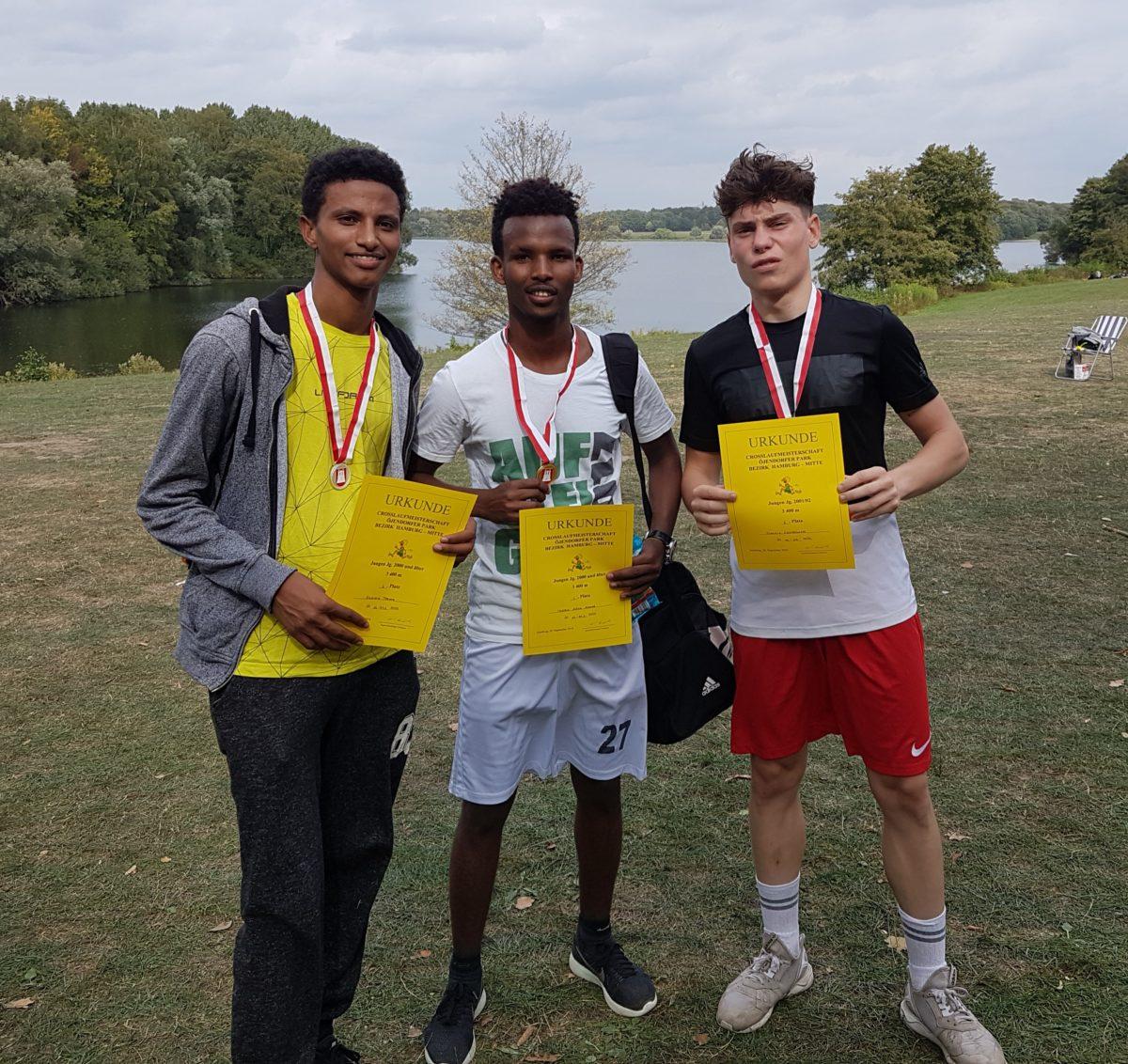 Überragender 1. Platz bei Crosslauf-Bezirksmeisterschaften