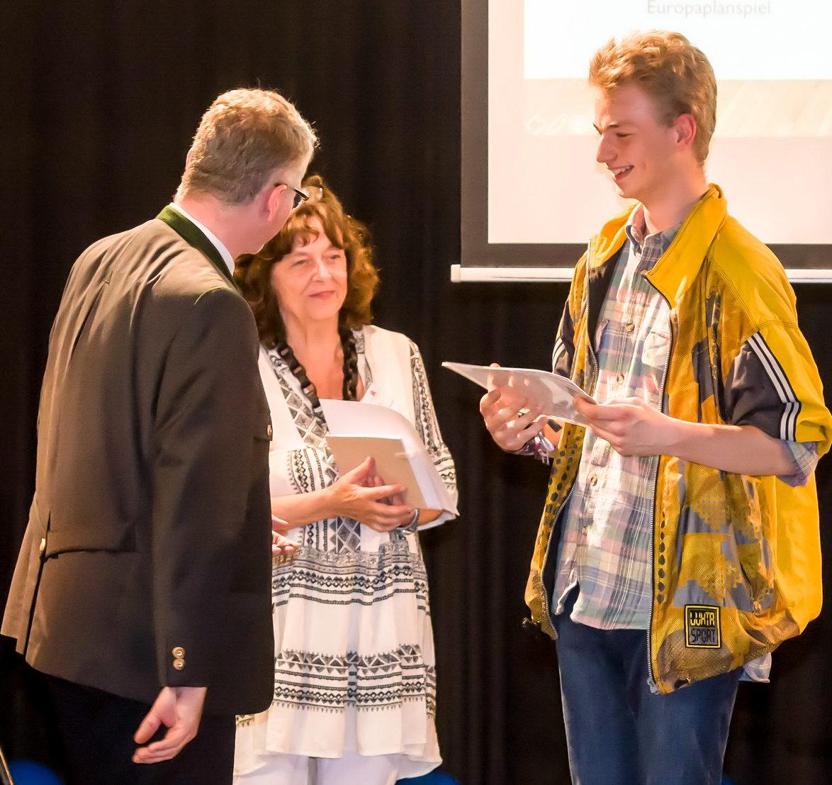 66. Europäischer Wettbewerb – Oberstufengruppe gewinnt Bundespreis