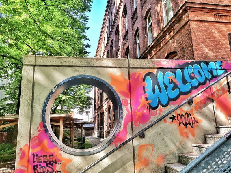"""""""Welcome""""-Graffiti zum Start des Präsenzunterrichts"""